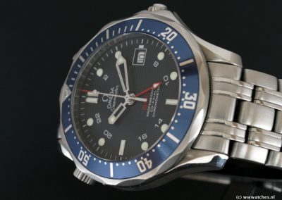 Omega-Seamaster-Co-Axial-GMT-3