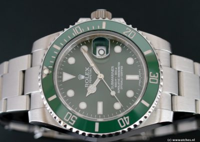 Rolex-Submariner-Date-116610LV