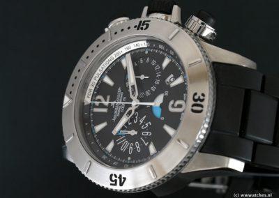 Jaeger-LeCoultre-Master-Diver-Chronograph-3