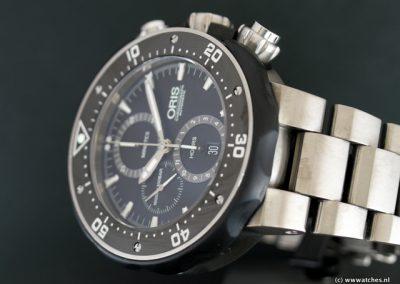 Oris-ProDiver-Chronograph-Titanium-3