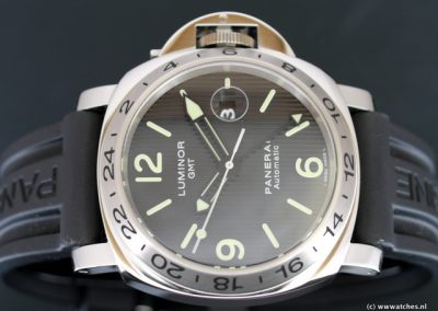 Panerai-PAM029-Luminor-GMT-Special-Edition