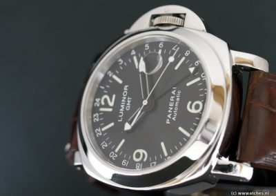 Panerai-PAM063-Luminor-GMT-3