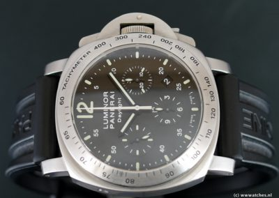 Panerai-PAM250-Luminor-Daylight